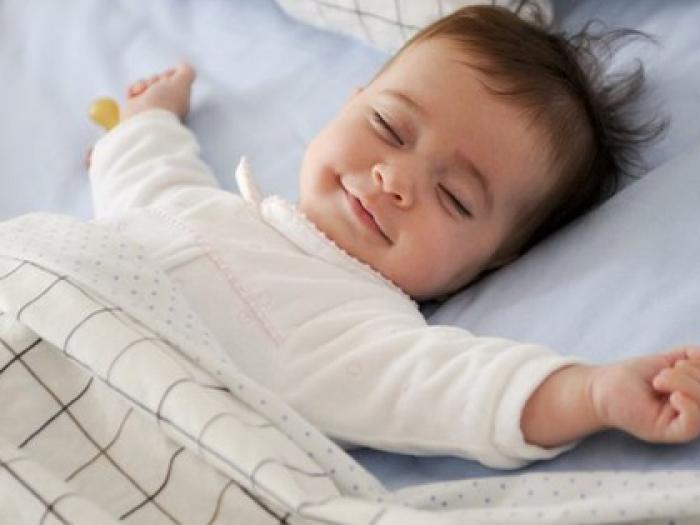 Thiết lập thói quen ngủ tốt cho trẻ sơ sinh và trẻ nhỏ