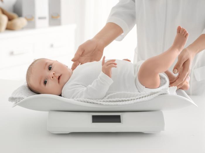 Chỉ số cân nặng của trẻ sơ sinh theo từng tháng tuổi