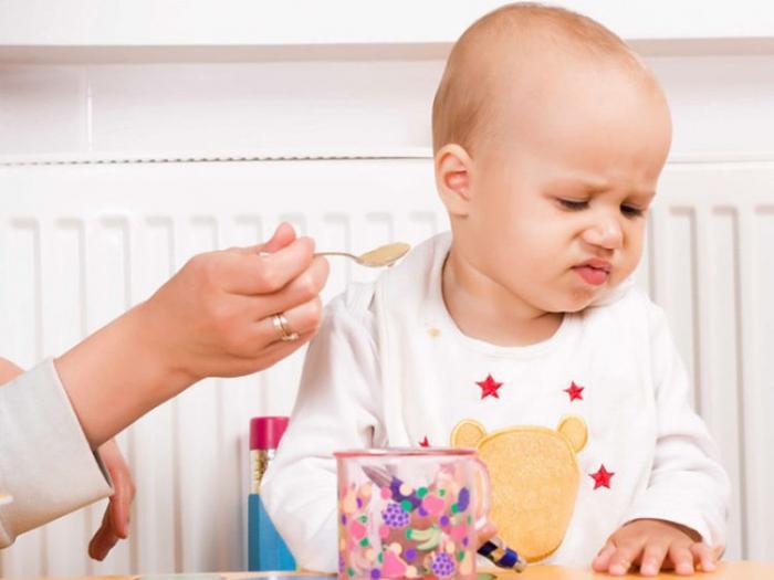 Trẻ biếng ăn phải làm sao?