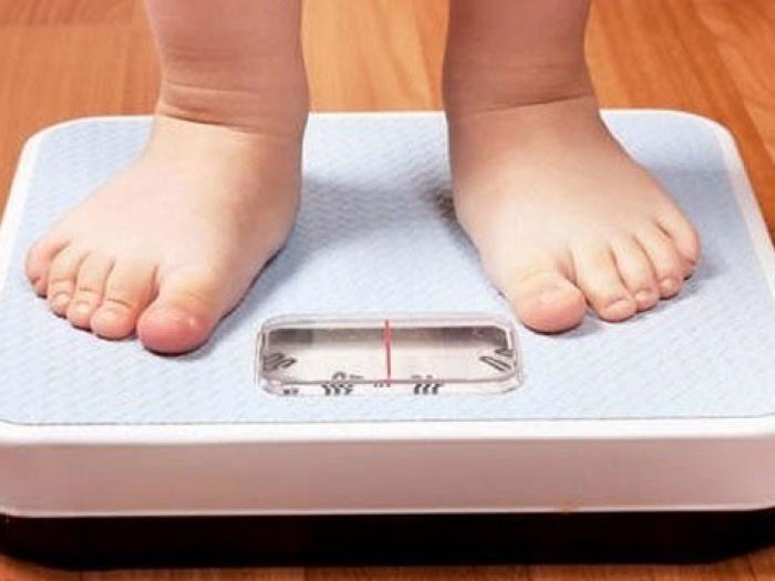 Vì sao bé ăn nhiều nhưng không tăng cân?