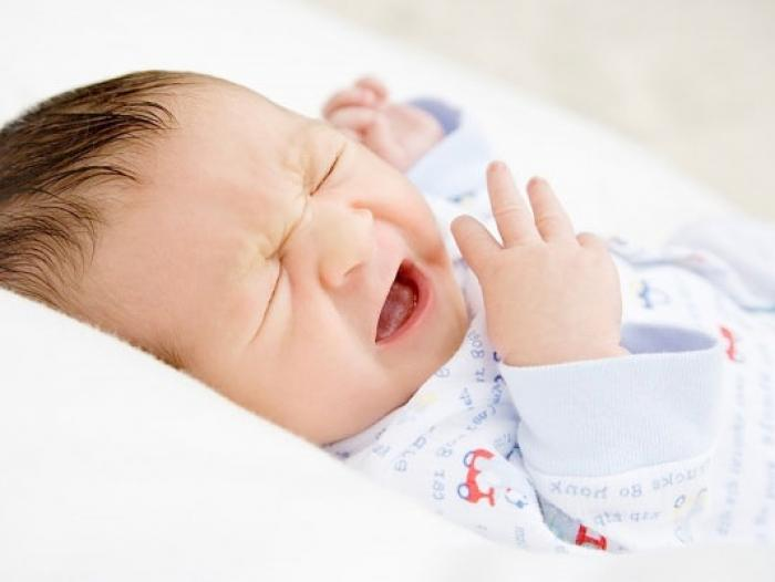 Mách mẹ 4 cách chữa nghẹt mũi cho trẻ sơ sinh hiệu quả