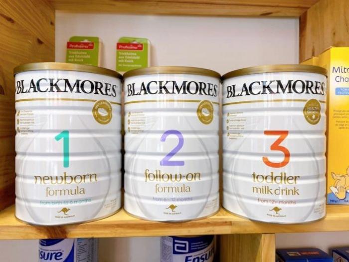 Có sữa Blackmores số 1 400g không?